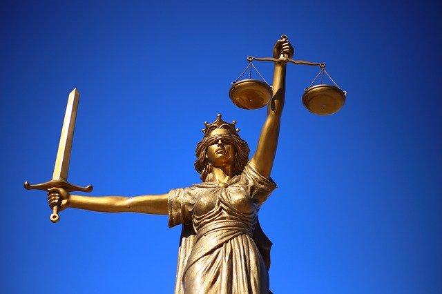 Ley Bonilla 2 Estatua de la Justicia