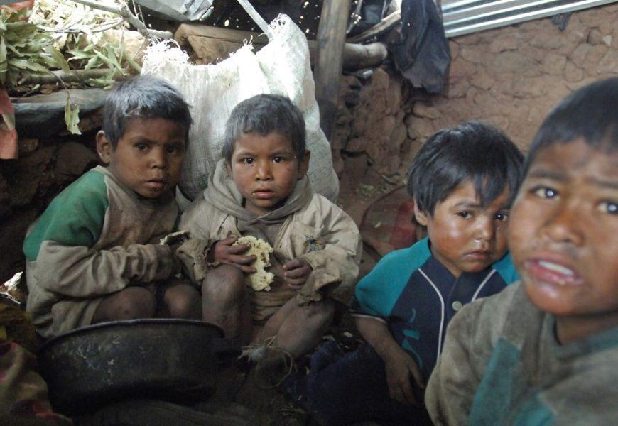 Un millón cien mil niñas y niños desnutridos